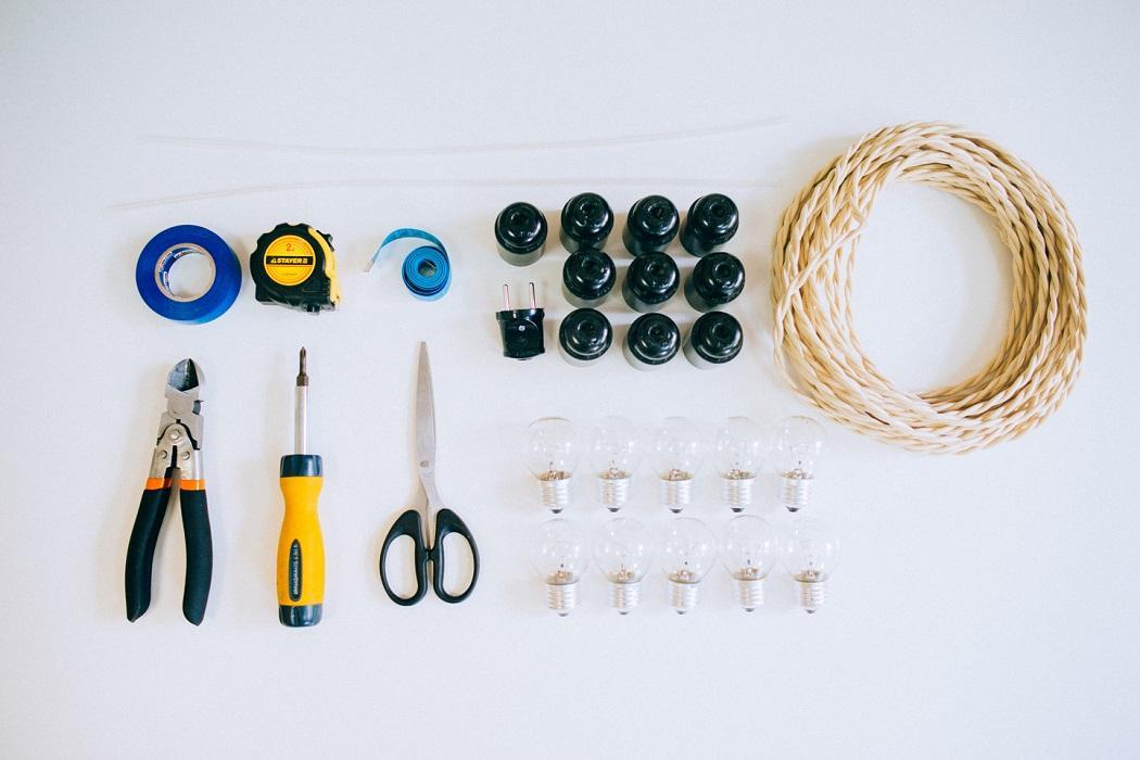 Что нужно для изготовления гирлянды с лампочками