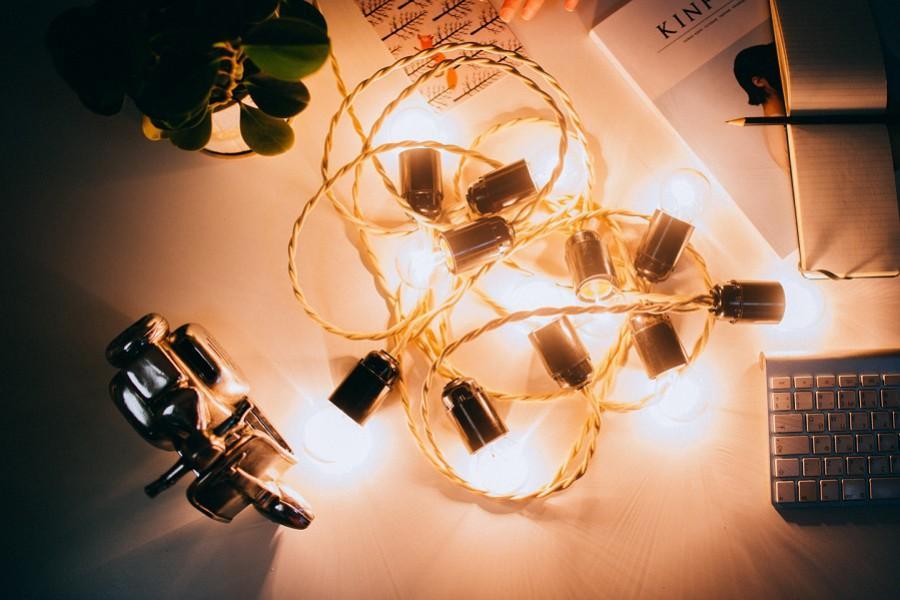 Гирлянда из лампочек
