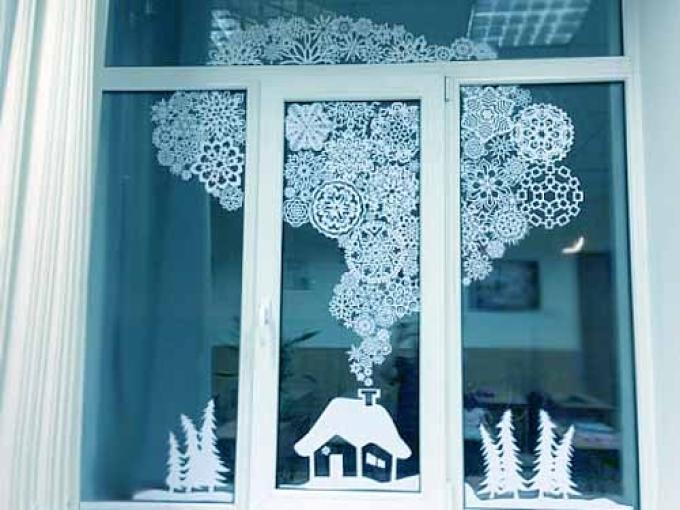 Как украсить окно на новый год: шаблоны