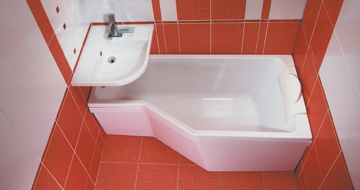 Умывальник над ванной