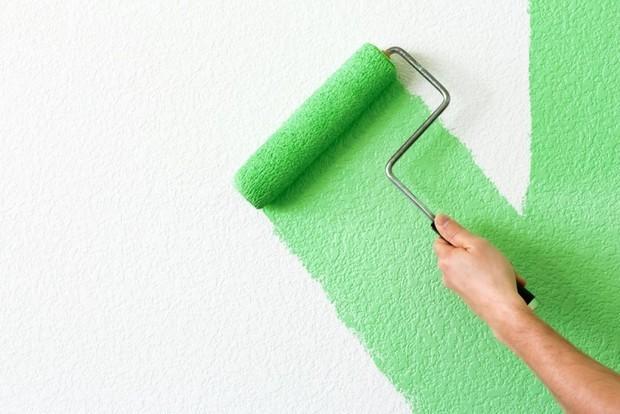 Нанесение краски с помощью валика