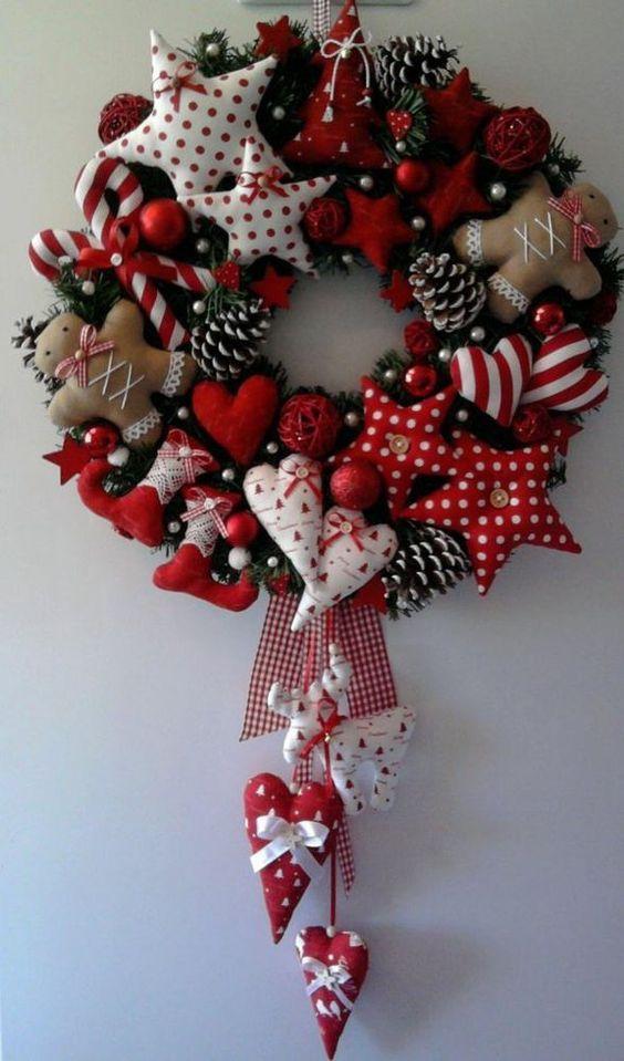 Венок новогодний из текстиля