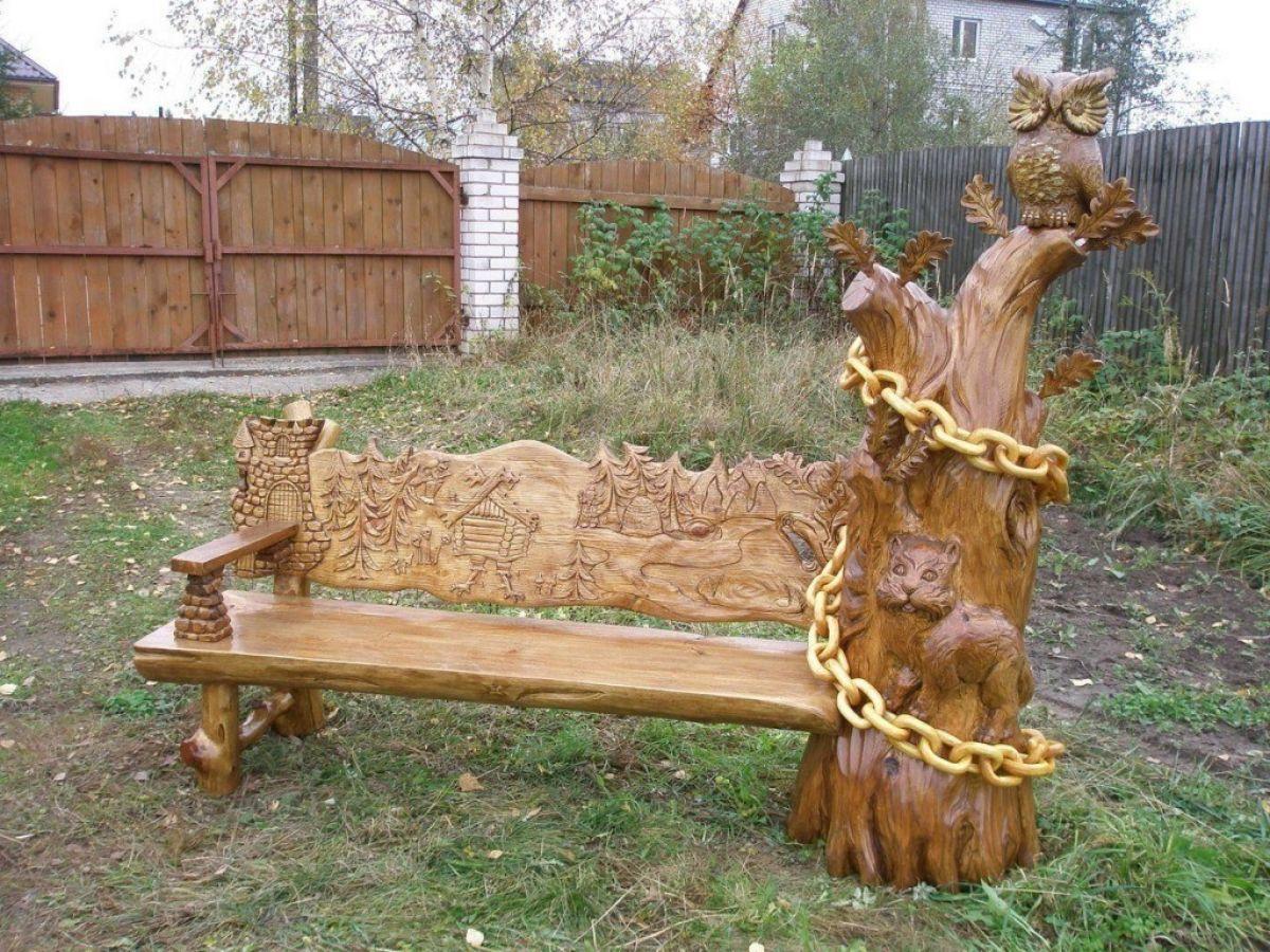 Деревянная резная скамейка
