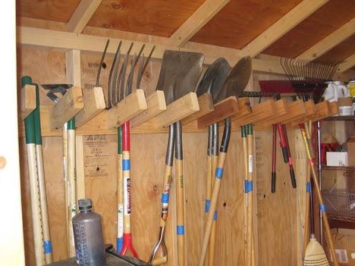 держатели для садового инструмента