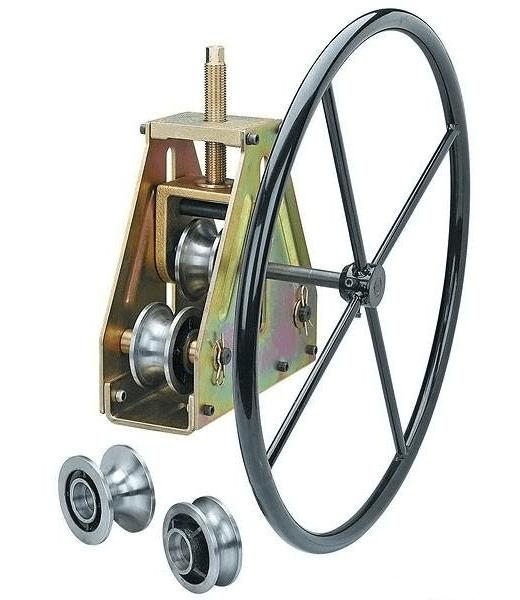 Разновидность трехвалкового механизма с колесом вместо ручки