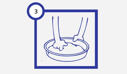 Шаг 3 нанесение жидких обоев