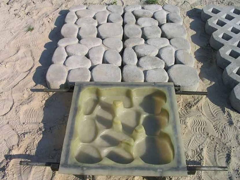 Плитка прямоугольная или фигурная с высоким рельефом поверхности