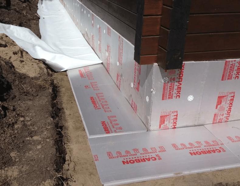 Утепляем фундамент дома снаружи с использованием пенополистирола