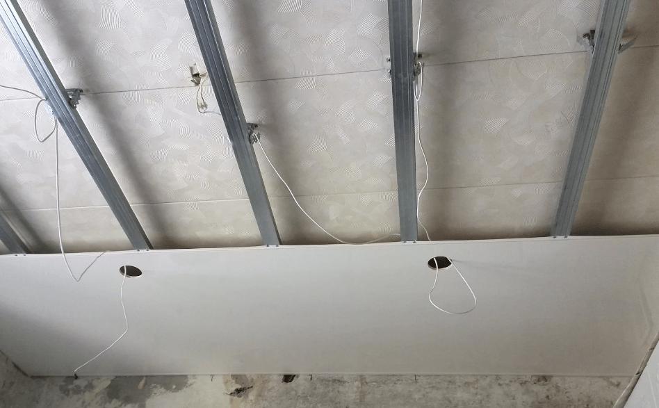 Ремонт комнаты своими руками. Фото и идеи ремонта. Ремонт потолка, стен и пола. Пошаговая инструкция